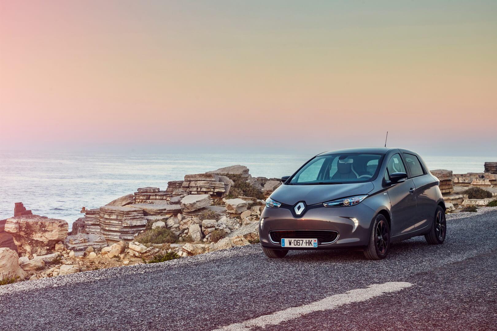 Фотография экоавто Renault ZOE Z.E. 40 - фото 51