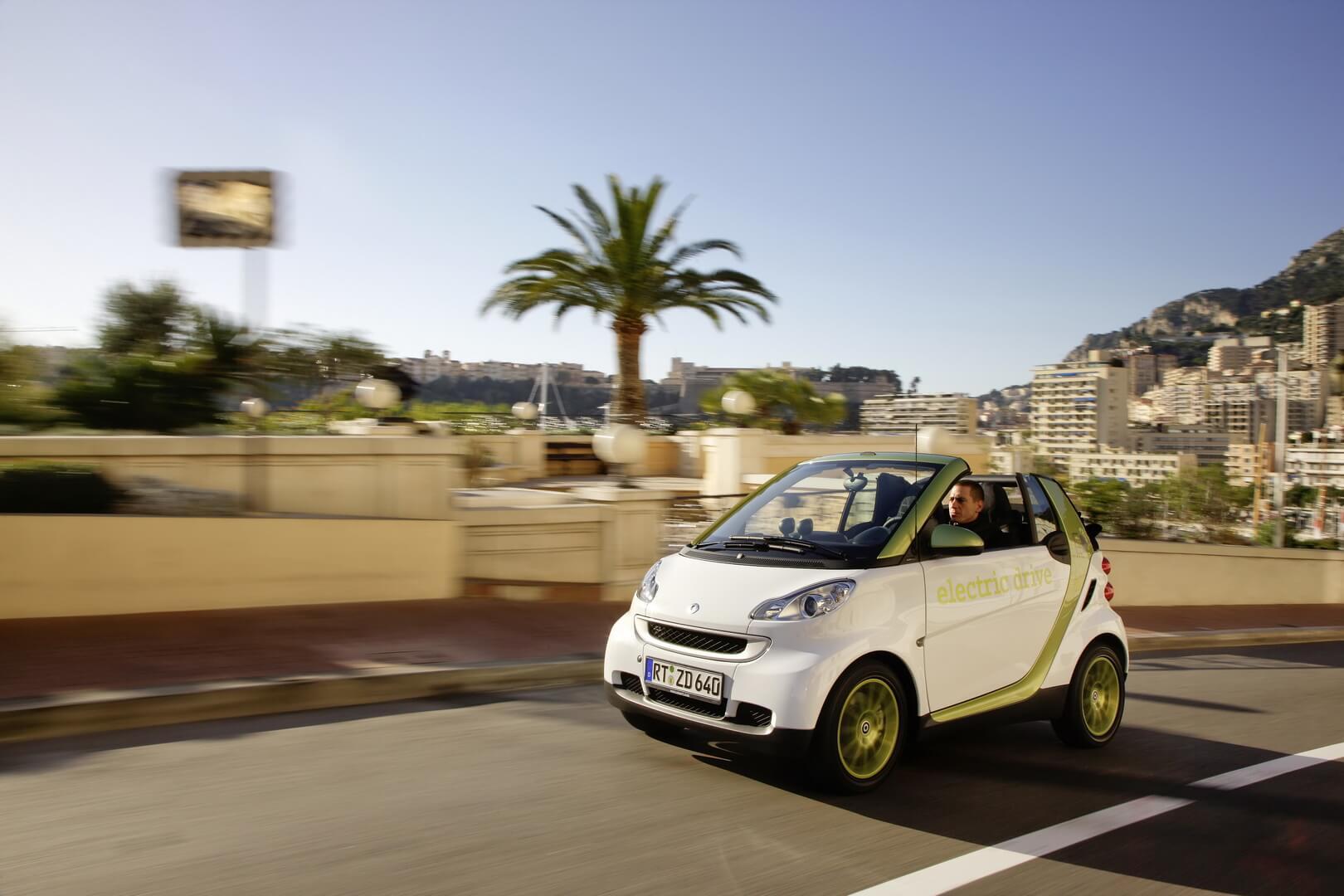 Фотография экоавто Smart Fortwo Electric Drive 2012 - фото 8