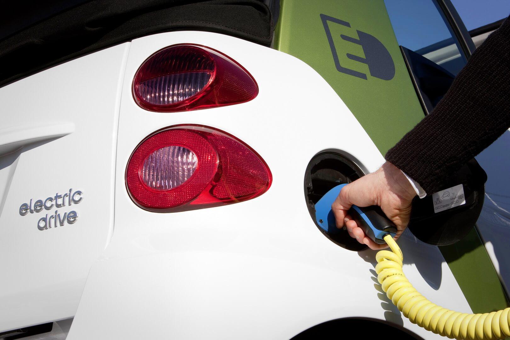 Фотография экоавто Smart Fortwo Electric Drive 2012 - фото 12