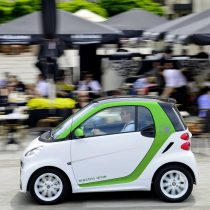 Фотография экоавто Smart Fortwo Electric Drive 2012 - фото 18