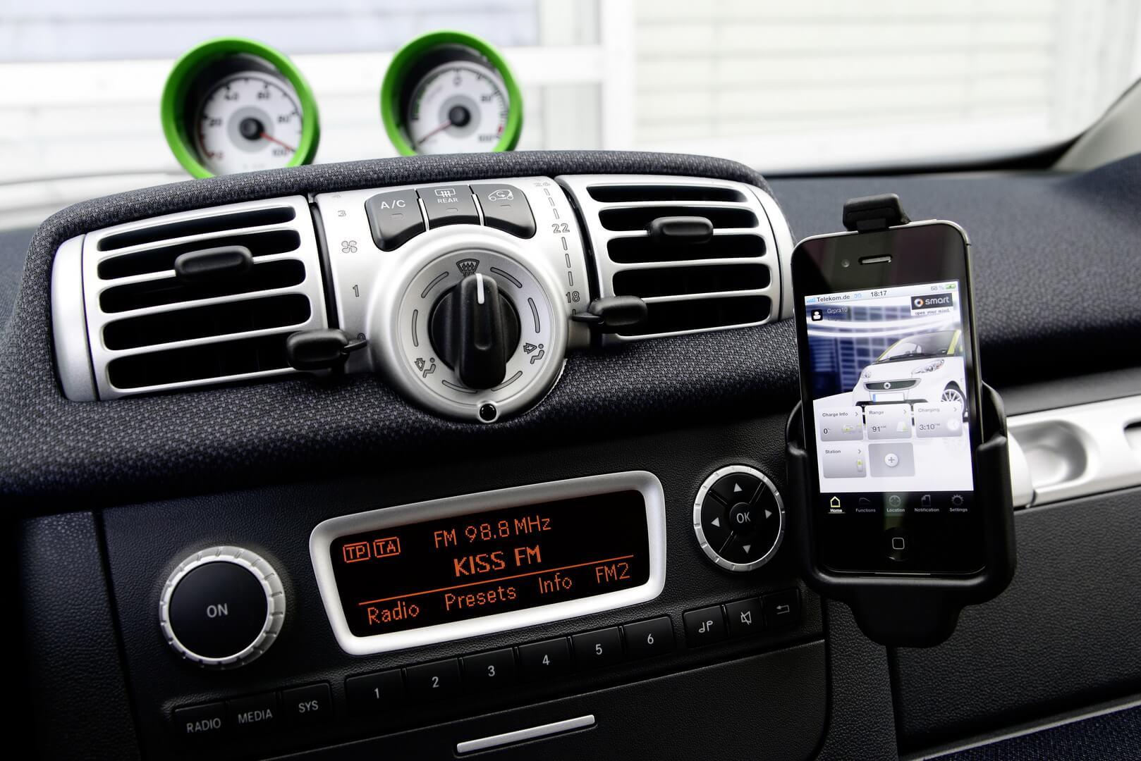 Фотография экоавто Smart Fortwo Electric Drive 2012 - фото 25