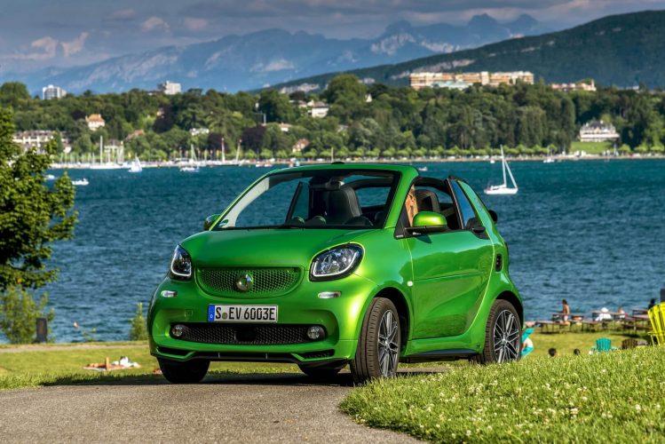 Вид Smart Fortwo Electric Drive 2017