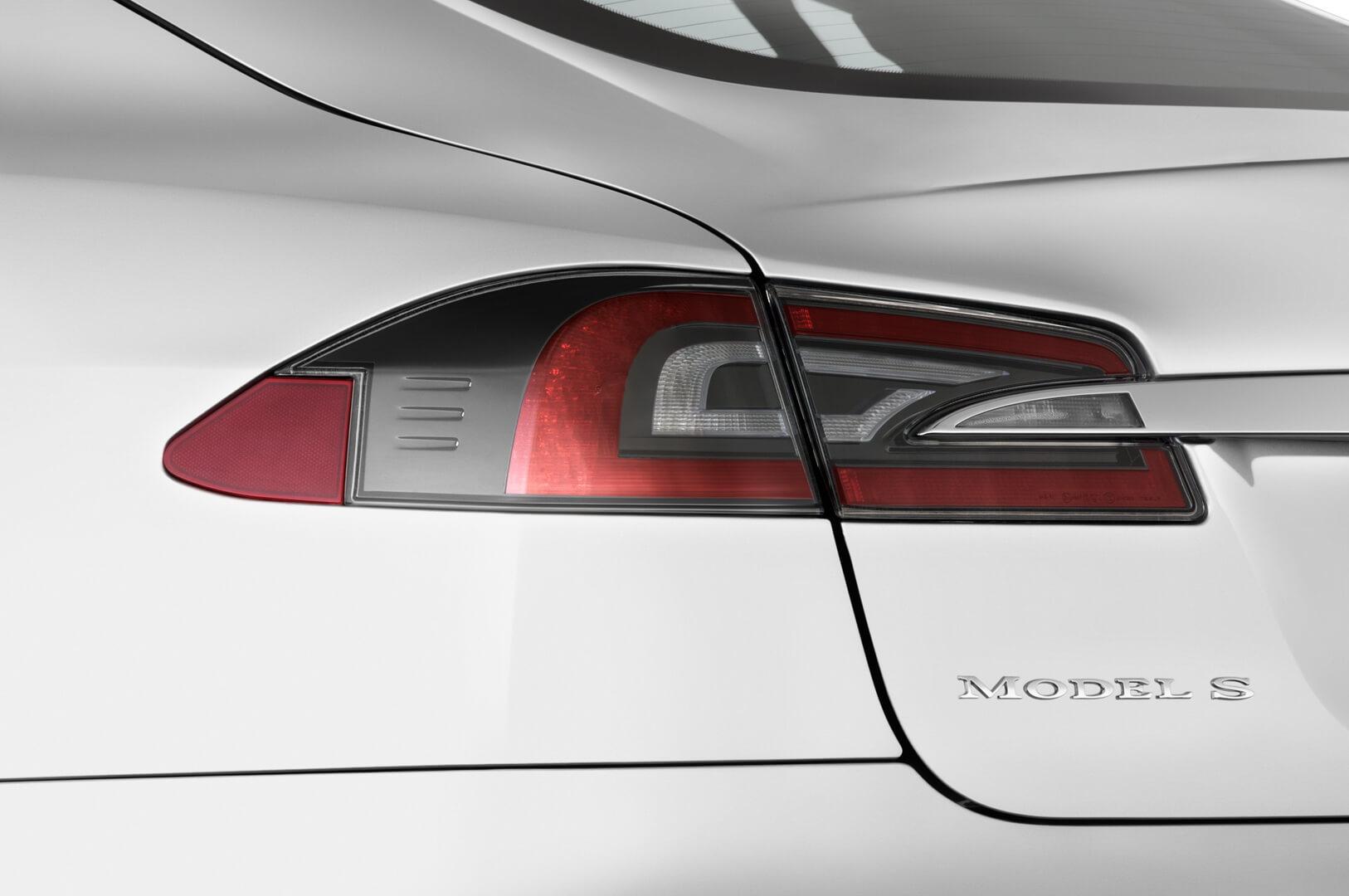 Фотография экоавто Tesla Model S P90D - фото 13