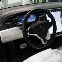 Фотография экоавто Tesla Model X P90D - фото 10