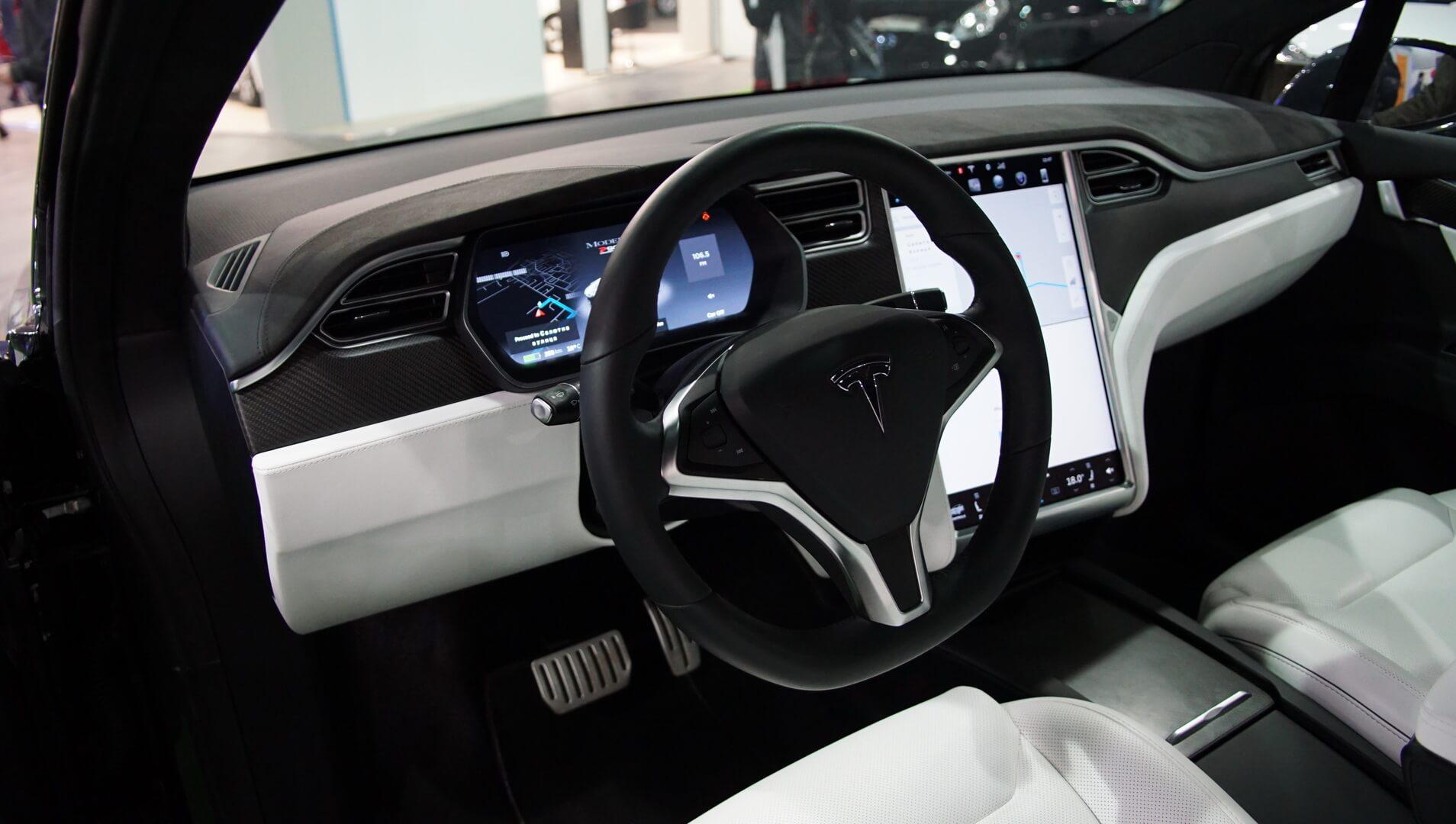 Фотография экоавто Tesla Model X P90D - фото 11