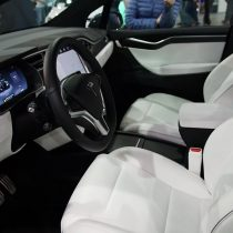 Фотография экоавто Tesla Model X P90D - фото 13