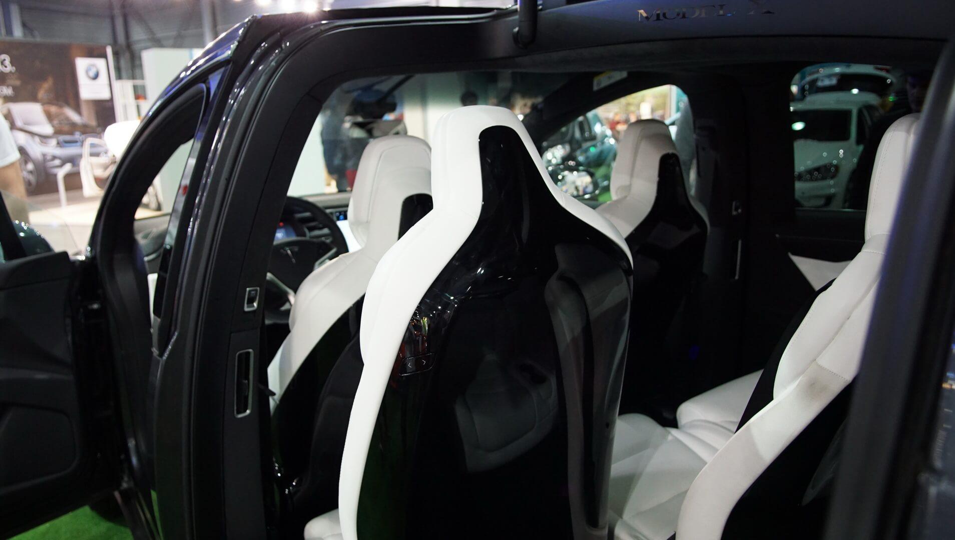 Фотография экоавто Tesla Model X P90D - фото 17