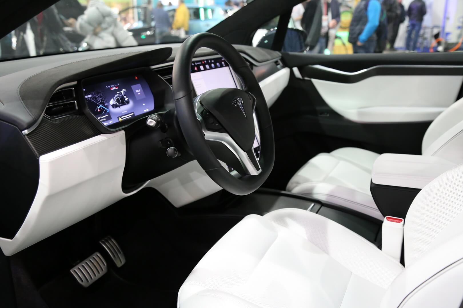 Фотография экоавто Tesla Model X 60D - фото 18