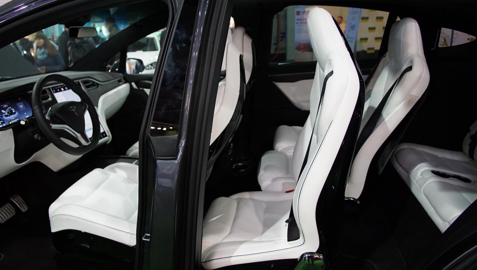 Фотография экоавто Tesla Model X 60D - фото 21