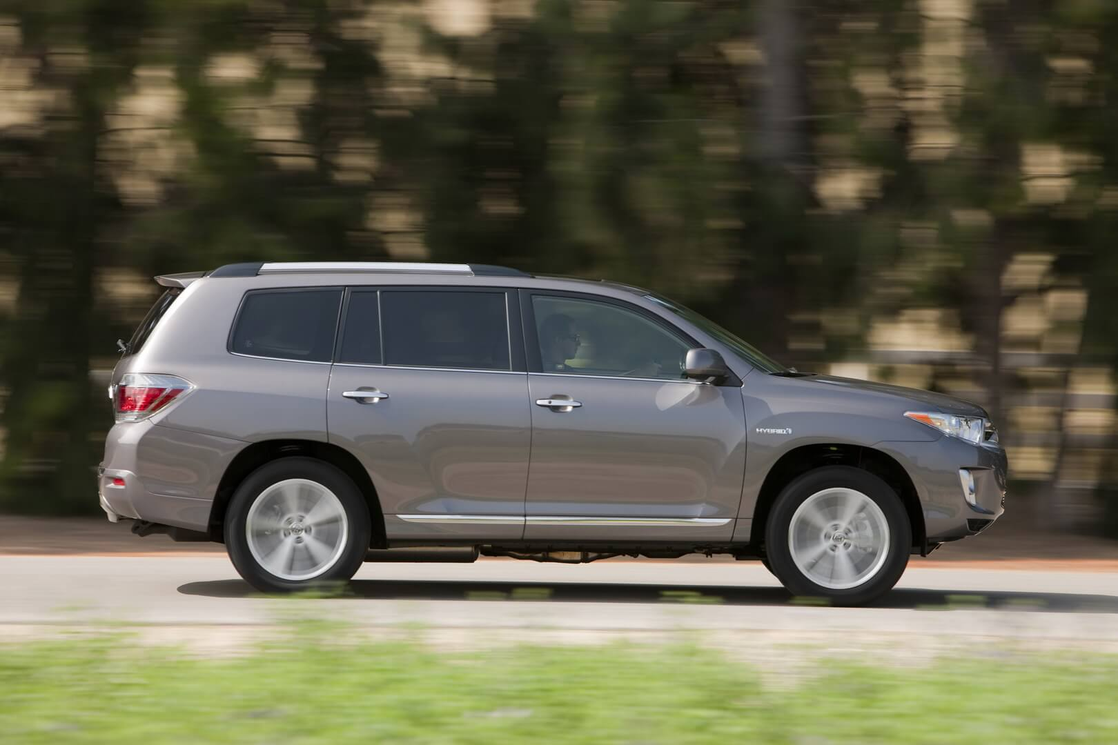 Фотография экоавто Toyota Highlander Hybrid 2011 - фото 16