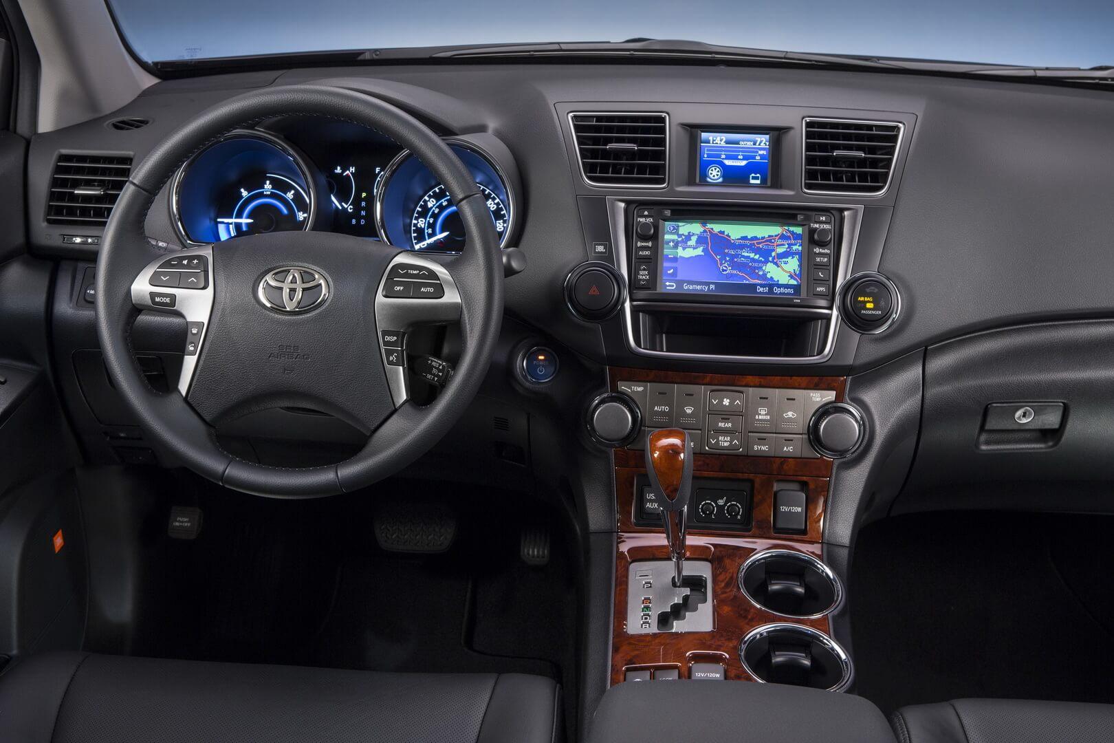 Фотография экоавто Toyota Highlander Hybrid 2011 - фото 26