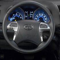 Фотография экоавто Toyota Highlander Hybrid 2011 - фото 27