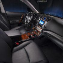 Фотография экоавто Toyota Highlander Hybrid 2011 - фото 34