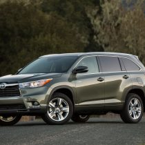 Фотография экоавто Toyota Highlander Hybrid 2014 - фото 9