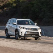 Фотография экоавто Toyota Highlander Hybrid 2017 - фото 9