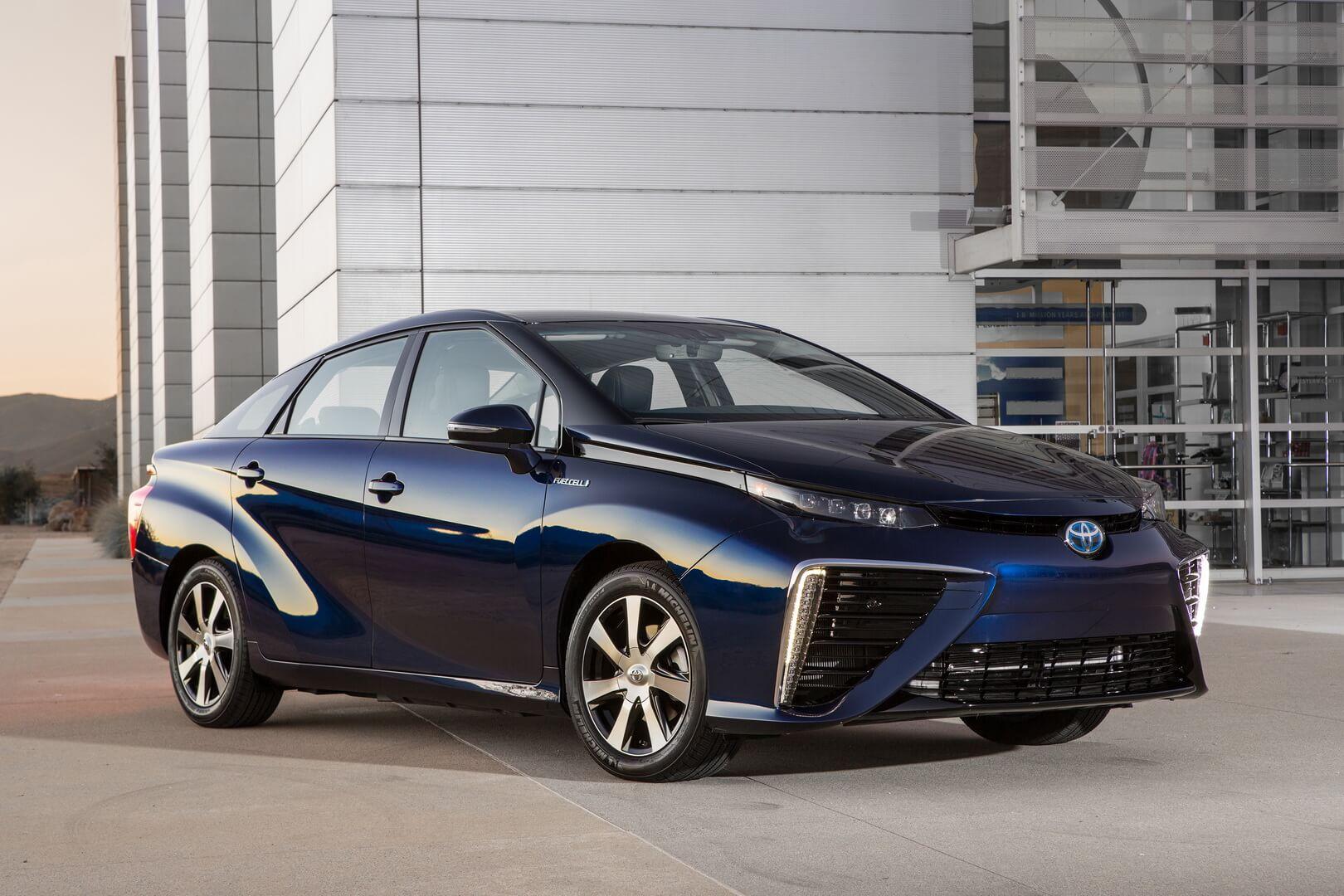 Фотография экоавто Toyota Mirai FCV - фото 16