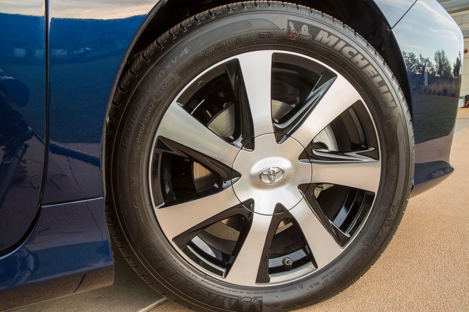 Фотография экоавто Toyota Mirai FCV - фото 22