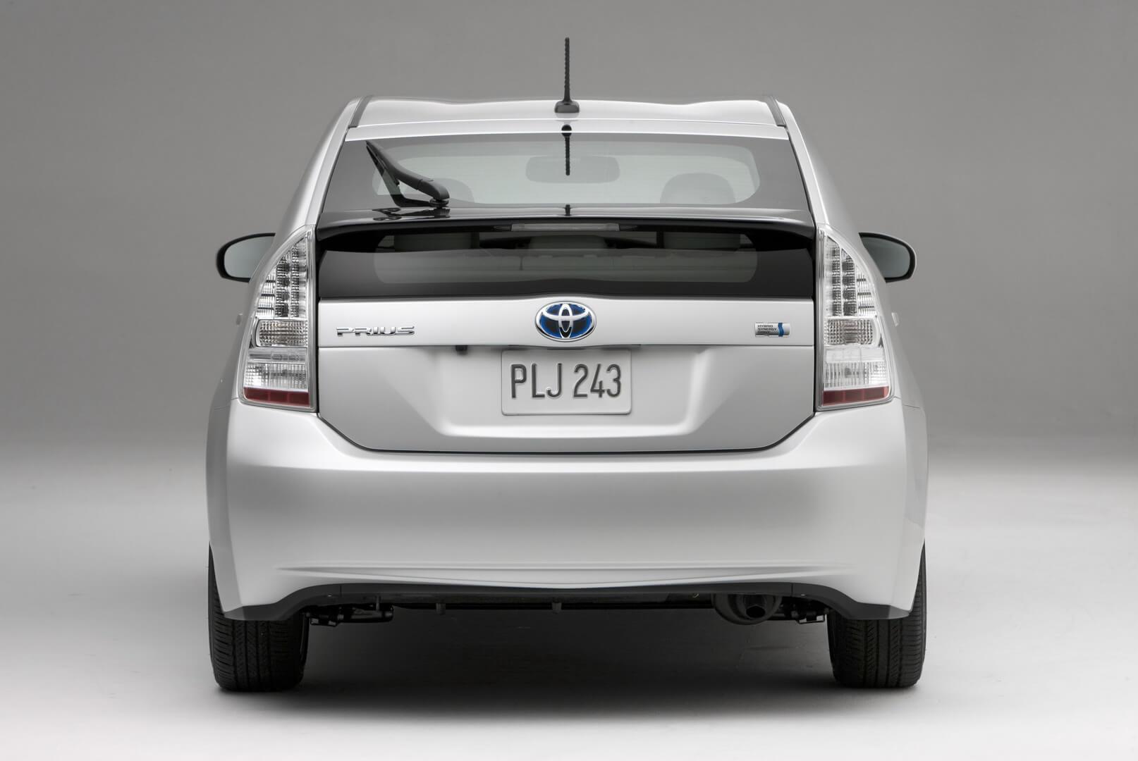 Фотография экоавто Toyota Prius Hybrid 2010 - фото 2