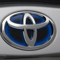 Фотография экоавто Toyota Prius Hybrid 2010 - фото 9