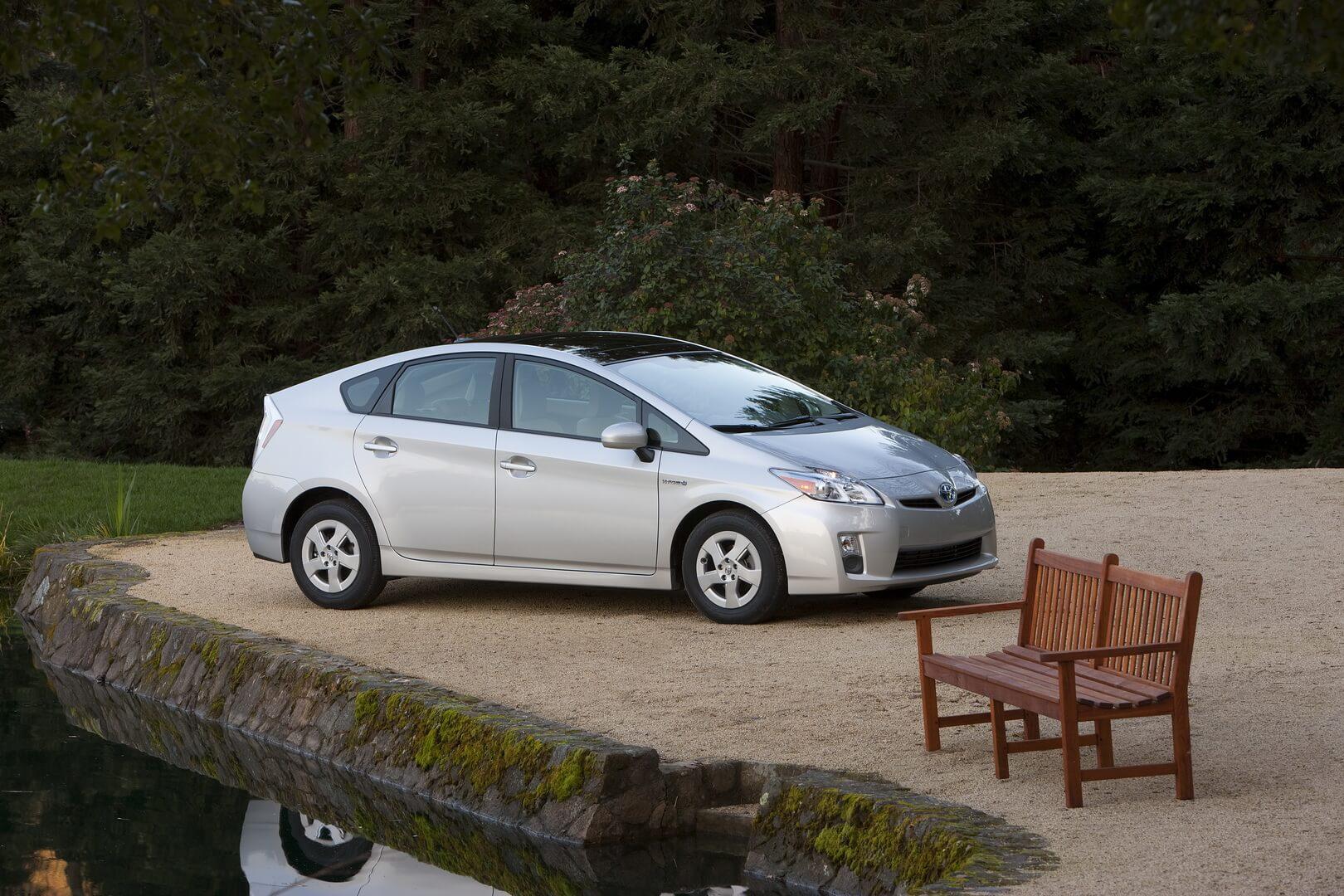 Фотография экоавто Toyota Prius Hybrid 2010 - фото 11