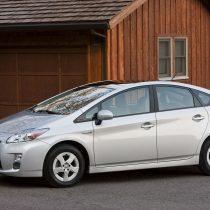 Фотография экоавто Toyota Prius Hybrid 2010 - фото 13