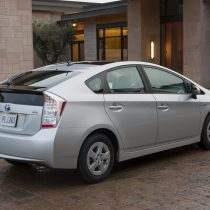 Фотография экоавто Toyota Prius Hybrid 2010 - фото 18