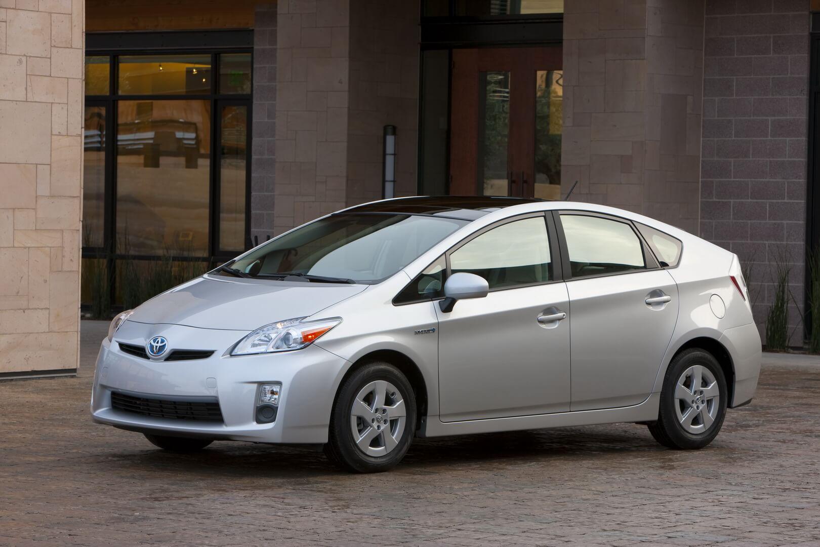 Фотография экоавто Toyota Prius Hybrid 2010 - фото 19