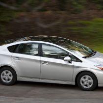 Фотография экоавто Toyota Prius Hybrid 2010 - фото 32