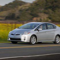 Фотография экоавто Toyota Prius Hybrid 2010 - фото 39