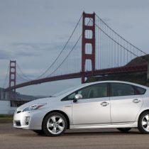 Фотография экоавто Toyota Prius Hybrid 2010 - фото 44