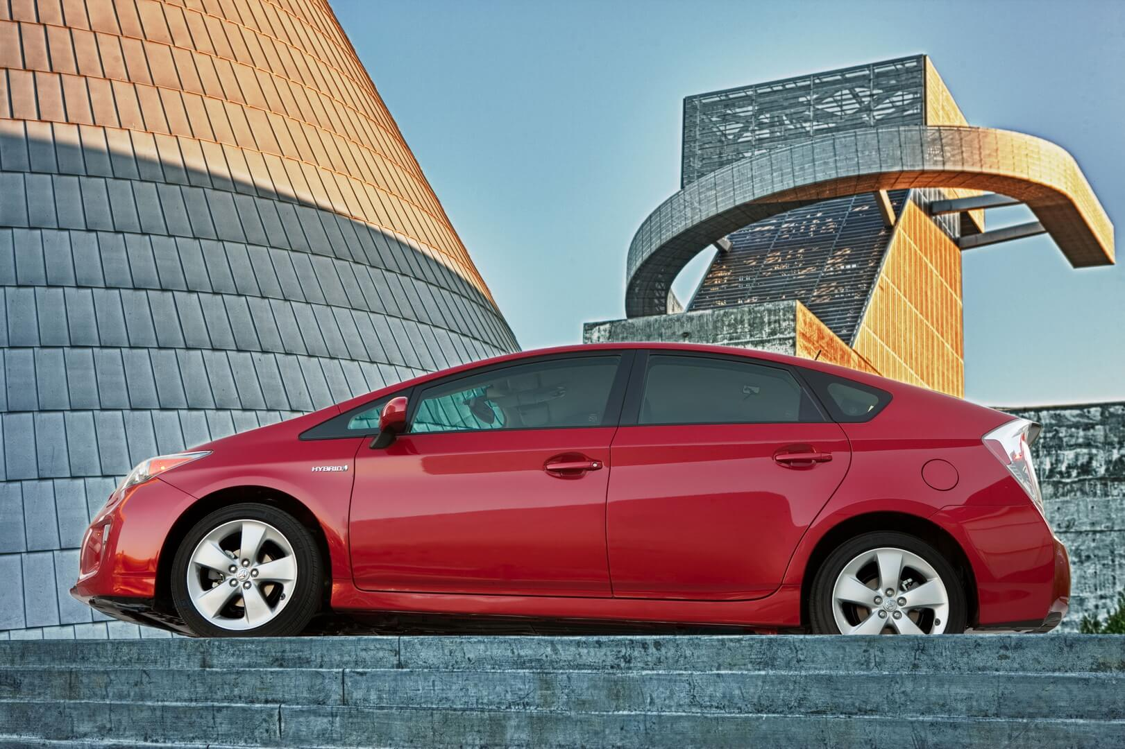 Фотография экоавто Toyota Prius Hybrid 2012 - фото 4