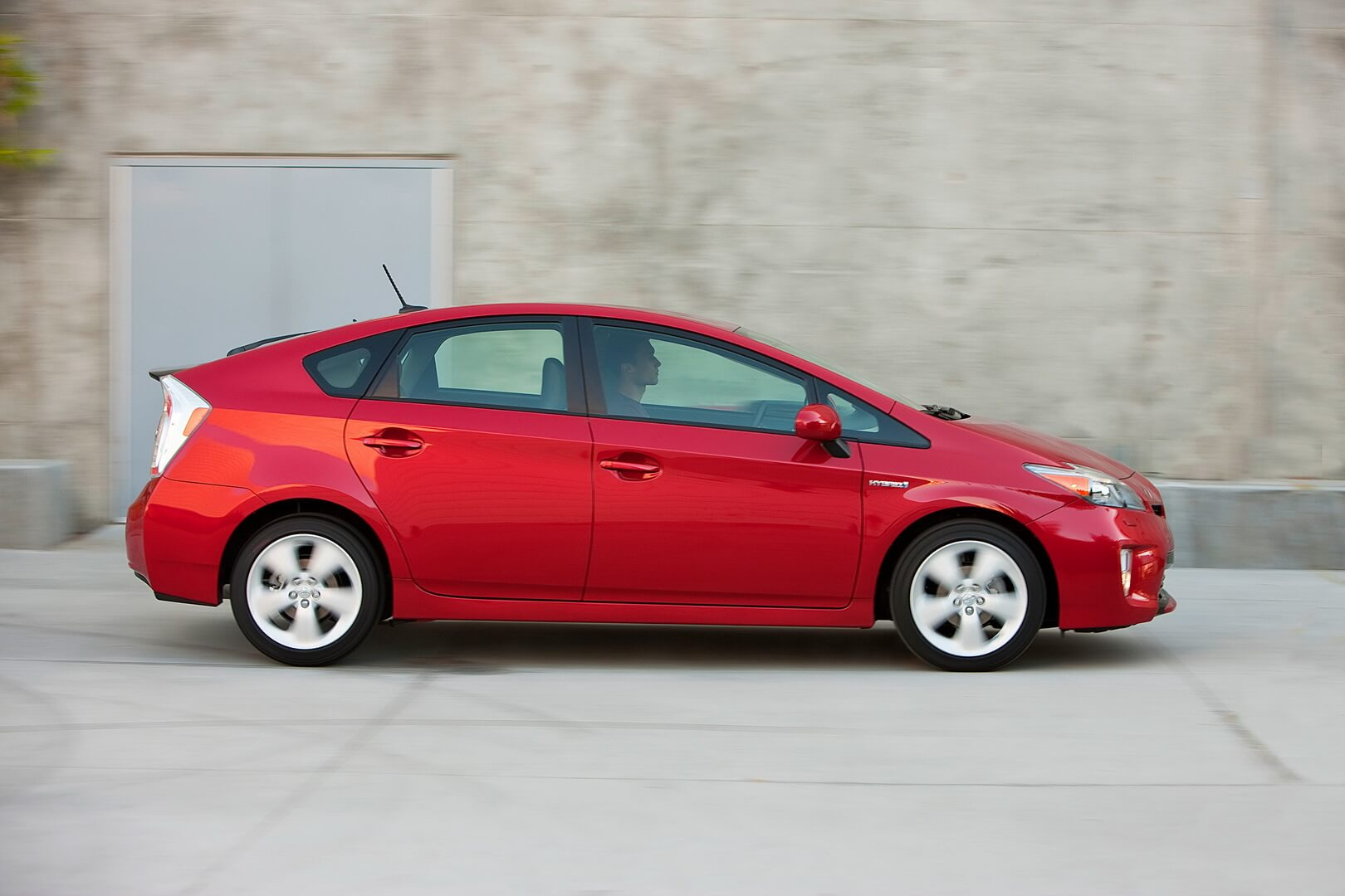 Фотография экоавто Toyota Prius Hybrid 2012 - фото 11