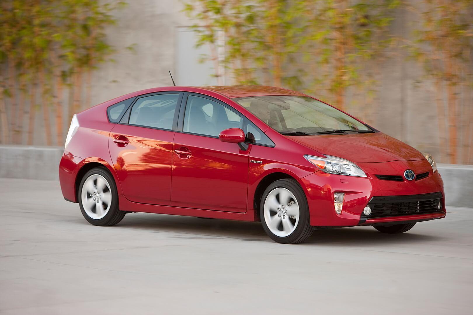 Фотография экоавто Toyota Prius Hybrid 2012 - фото 13