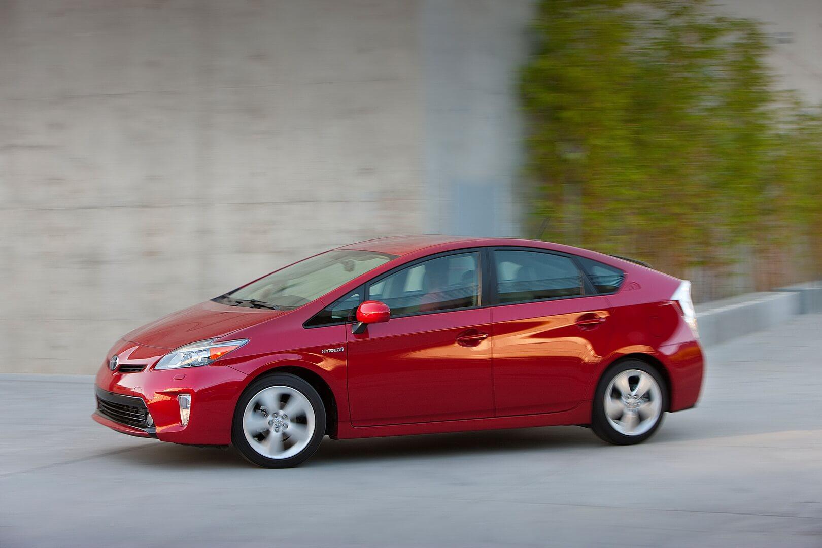 Фотография экоавто Toyota Prius Hybrid 2012 - фото 18