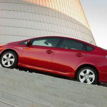 Фотография экоавто Toyota Prius Hybrid 2012 - фото 24