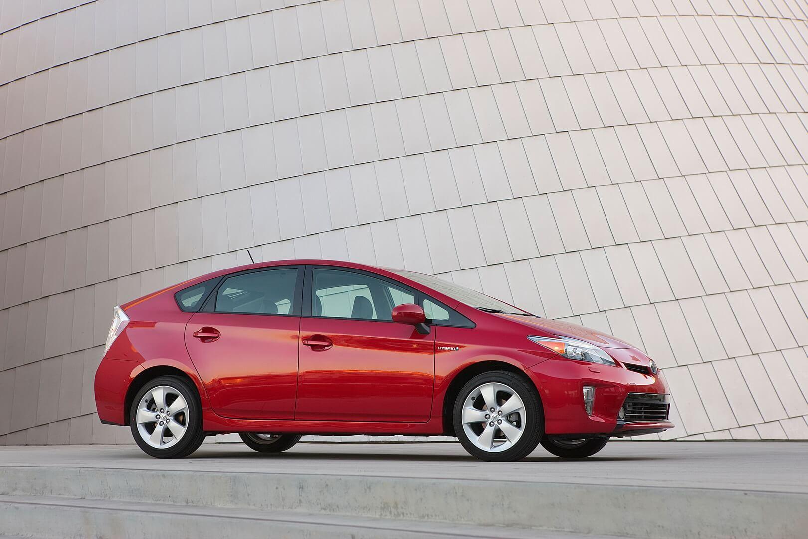 Фотография экоавто Toyota Prius Hybrid 2012 - фото 25