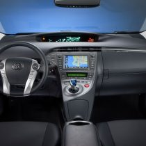 Фотография экоавто Toyota Prius Hybrid 2012 - фото 28