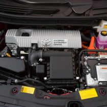 Фотография экоавто Toyota Prius Hybrid 2012 - фото 31