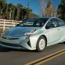 Фотография экоавто Toyota Prius Hybrid 2016 - фото 21