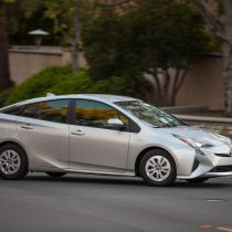 Фотография экоавто Toyota Prius Hybrid 2016 - фото 33