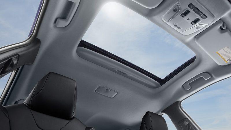 Люк Toyota Prius Hybrid 2016