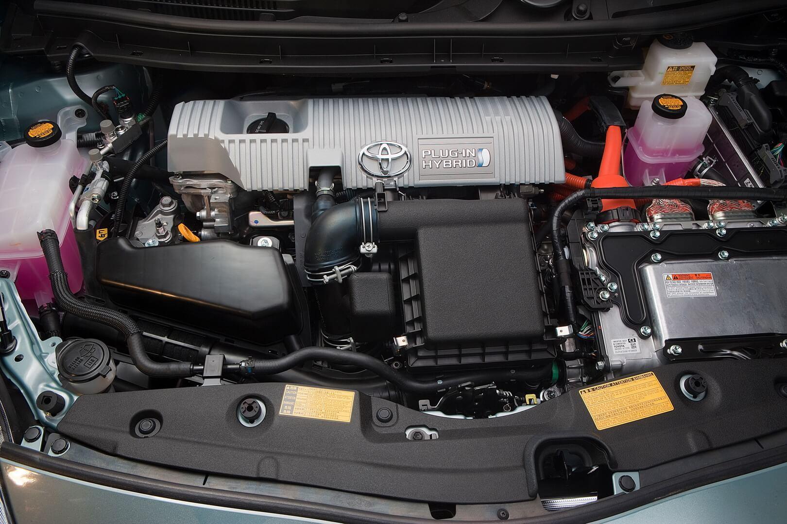Фотография экоавто Toyota Prius Prime 2012 - фото 28