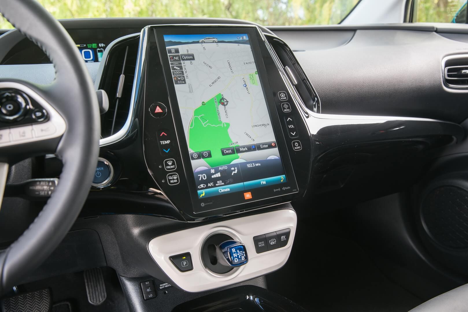 Фотография экоавто Toyota Prius Prime 2017 - фото 25