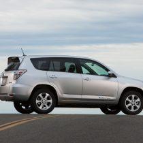 Фотография экоавто Toyota RAV4 EV - фото 5