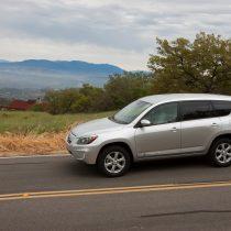 Фотография экоавто Toyota RAV4 EV - фото 7