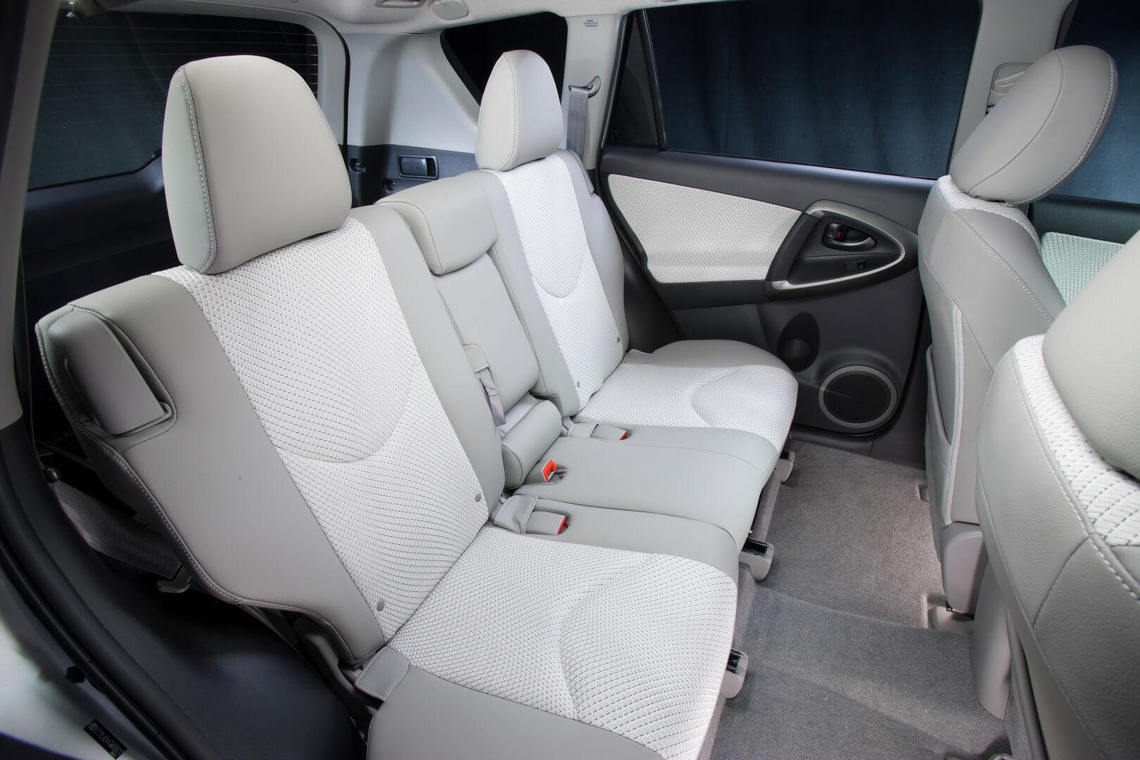 Фотография экоавто Toyota RAV4 EV - фото 27
