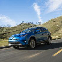 Фотография экоавто Toyota RAV4 Hybrid - фото 6