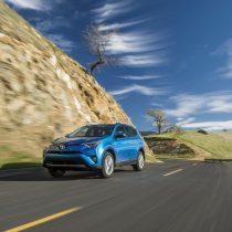 Фотография экоавто Toyota RAV4 Hybrid - фото 10
