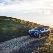 Фотография экоавто Toyota RAV4 Hybrid - фото 11