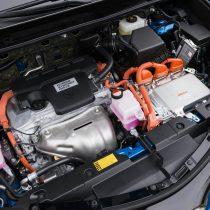 Фотография экоавто Toyota RAV4 Hybrid - фото 17
